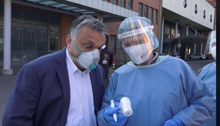 Orbán Viktor a szekszárdi kórházban tartott ellenőrzést