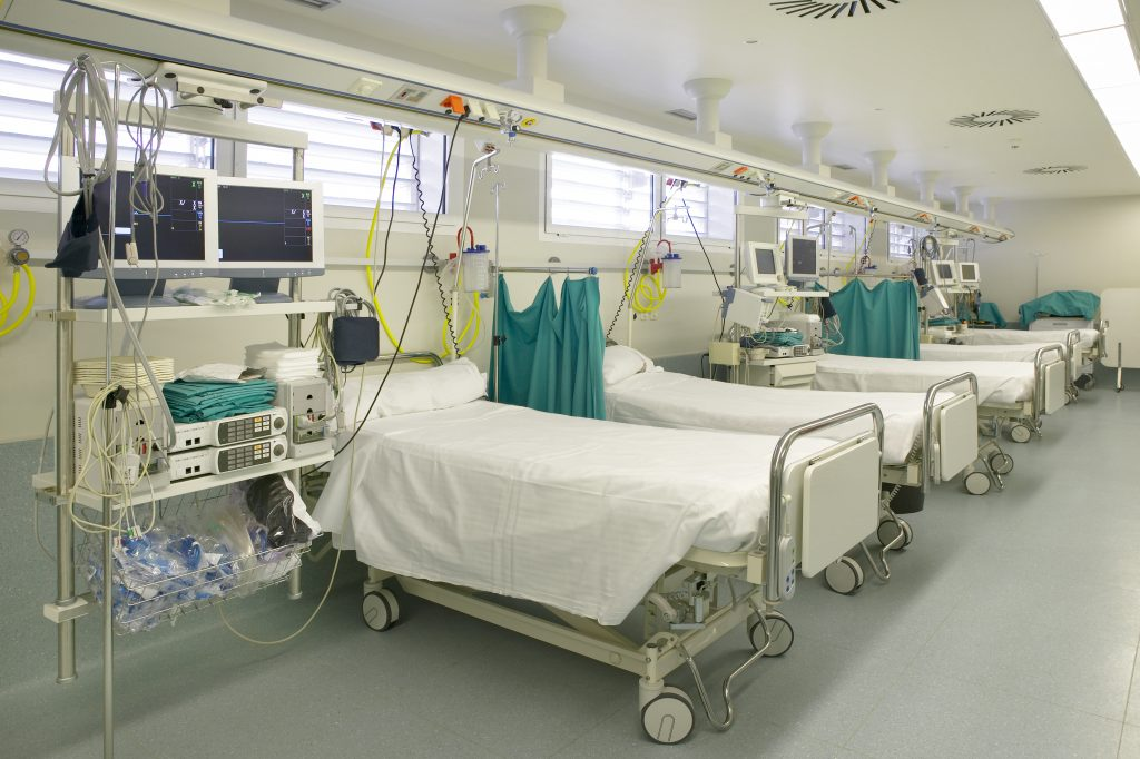 Koronavírus – Tolnában az 50 százalékos ágykapacitás 675 darab