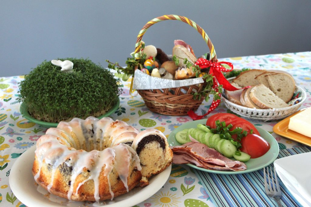 Gasztrohagyományok Húsvét idején, avagy mit együnk és igyunk az ünnepi héten