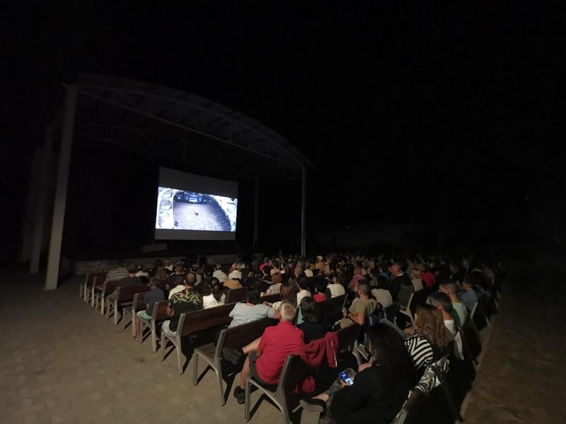 Ingyen mozizás a Kaszinókertben