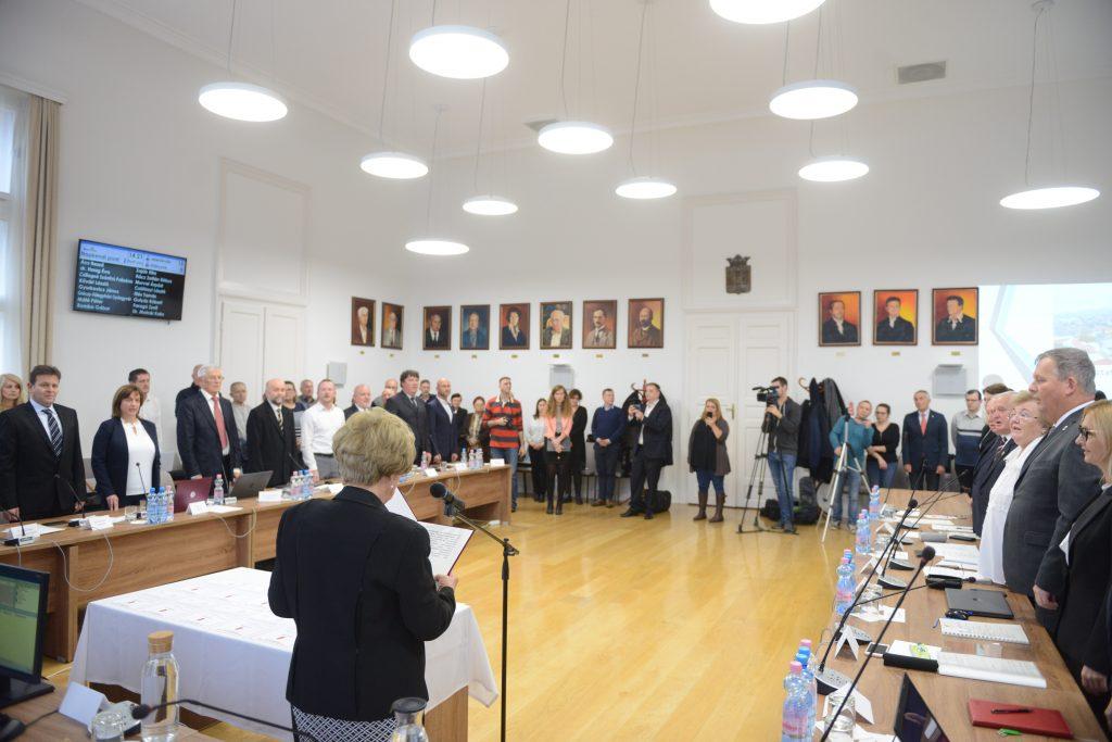 Ismét van alpolgármester, három helyett pedig öt bizottság lesz